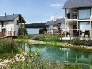 Golden Lakes Village 12