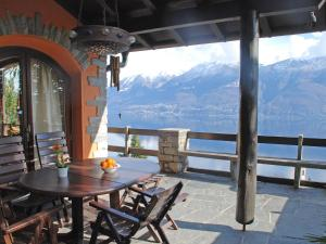 Holiday Home Aurinko, Nyaralók  Ronco sopra Ascona - big - 26