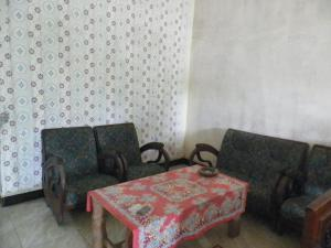 Suryadi Homestay, Privatzimmer  Licin - big - 18