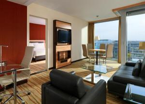 Studio Suite with Harbor View