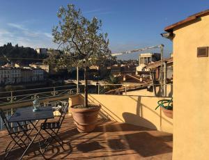 River Arno Terrace