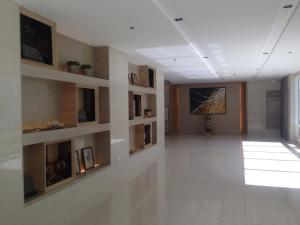 One Bedroom Apartment in Shell Residences, Apartmány  Manila - big - 28