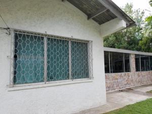 Cosmopolitan Rustic House