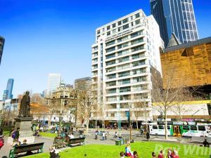Melbourne CBD Deluxe Apartment..