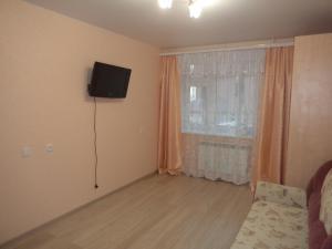 Apartment on Khlynovskaya 15