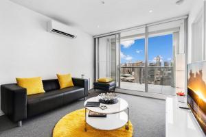 Abigail - Beyond a Room Private Apartments - Melbourne CBD, Victoria, Australia