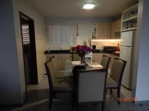 APARTAMENTO 3 ANDAR, FRENTE PARA O MAR, Appartamenti  Ponta do Rei - big - 7