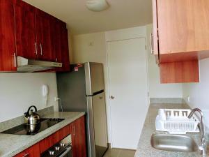 Exclusivo Departamento Con Vista Al Mar, Ferienwohnungen  Lima - big - 4
