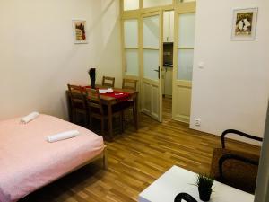 Křižíkova Apartments