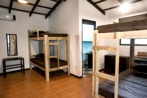 Hostel Dos Monos North, Locande  Santa Teresa Beach - big - 4