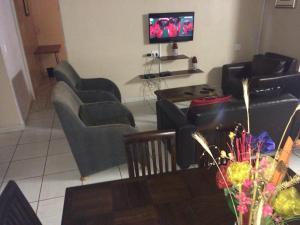 Karibou Inn Guest House