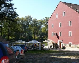 Hotel Ve Mlejne