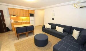 Royal Luxury Apartments & Studios