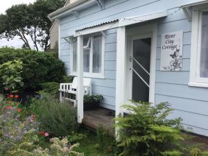 obrázek - River City Cottage