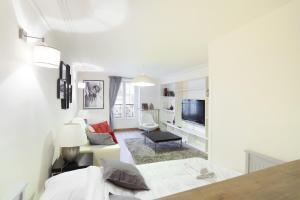 Charming apartment in the centre of Paris