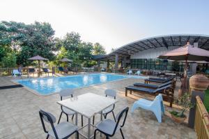 Grandsiri Resort KhaoYai, Üdülőközpontok  Muszi - big - 57