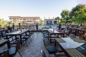 Grandsiri Resort KhaoYai, Üdülőközpontok  Muszi - big - 58
