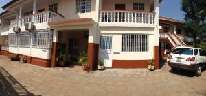 Leisure Lodge Hotels, Hotely  Freetown - big - 33