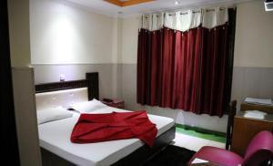 ADB Rooms Hotel Divshikha