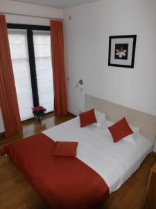 Rooms & Apartments Housingbrussels, Apartmány  Brusel - big - 33