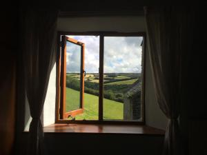 Coombe Farm, Bed and breakfasts  Lynton - big - 3