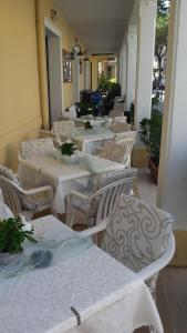 Hotel Bolognese Bellevue, Hotels  Riccione - big - 67