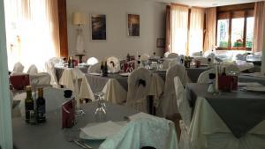 Hotel Bolognese Bellevue, Hotely  Riccione - big - 48