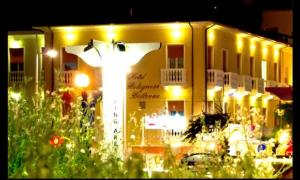 Hotel Bolognese Bellevue, Hotels  Riccione - big - 1