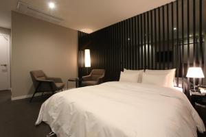 Yeoksam Hotel Star Premier
