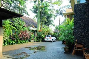 ZEN Villa near UNPAR, Penziony  Bandung - big - 24
