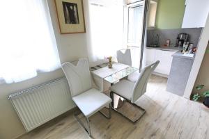 Apartmány SKLEP, Apartments  Prague - big - 45