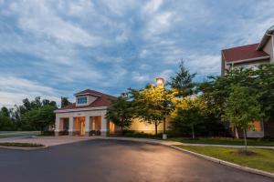 Homewood Suites by Hilton St. Louis Riverport- Airport West