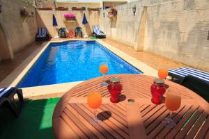 Ta' Bejza Holiday Home with Private Pool, Holiday homes  Xewkija - big - 13