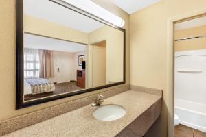 obrázek - Baymont Inn & Suites St. Ignace Lakefront