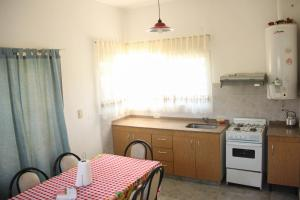 Casa en Balneario Sol y Rio, Nyaralók  Villa Carlos Paz - big - 28
