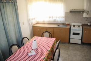 Casa en Balneario Sol y Rio, Nyaralók  Villa Carlos Paz - big - 27