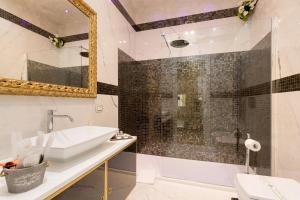 Deluxe Suite - Bathroom B&B Luxury Piazza Venezia
