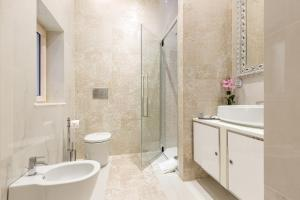 Bathroom B&B Luxury Piazza Venezia