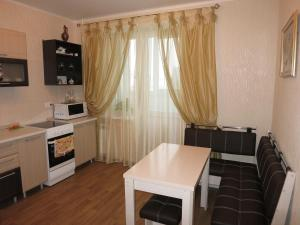 Like at home on Pozharnaya 35, Apartments  Oryol - big - 13