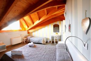 Made in Italy, Guest houses  Bergamo - big - 23