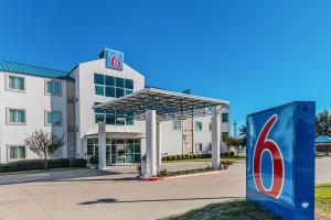 Motel 6 Fort Worth - Benbrook