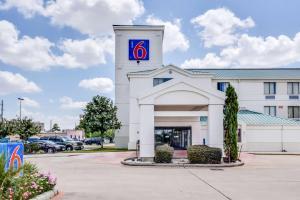 Motel 6 Katy Houston