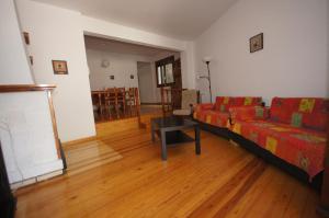 Faure cuarenta y nueve, Apartments  Benasque - big - 5