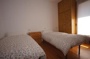 Faure cuarenta y nueve, Apartments  Benasque - big - 14
