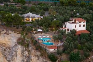 hotel villa lubrense