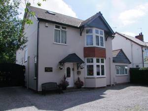 Eden End Guest House
