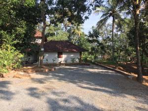 Palkadavu Warium Villa, Holiday homes  Mananthavady - big - 12