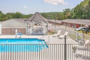 Anniston Inn and Suites