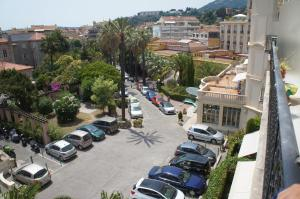 Le Louvre, Apartments  Menton - big - 8