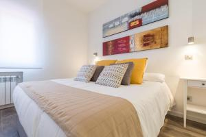 Friendly Rentals Arguelles II, Apartmanok  Madrid - big - 15